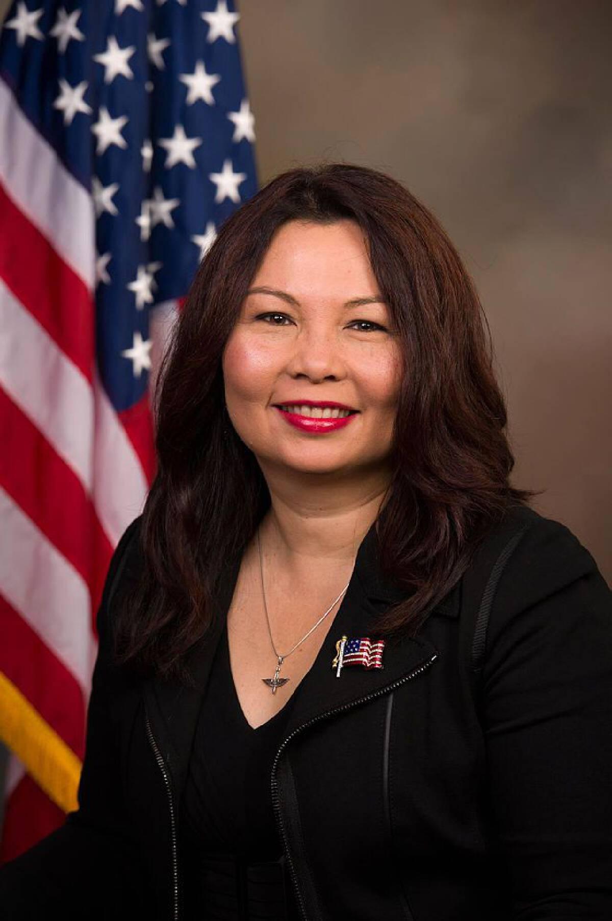 ลัดดา แทมมี่ ดักเวิร์ธ นักการเมืองอเมริกันเชื้อสายไทย