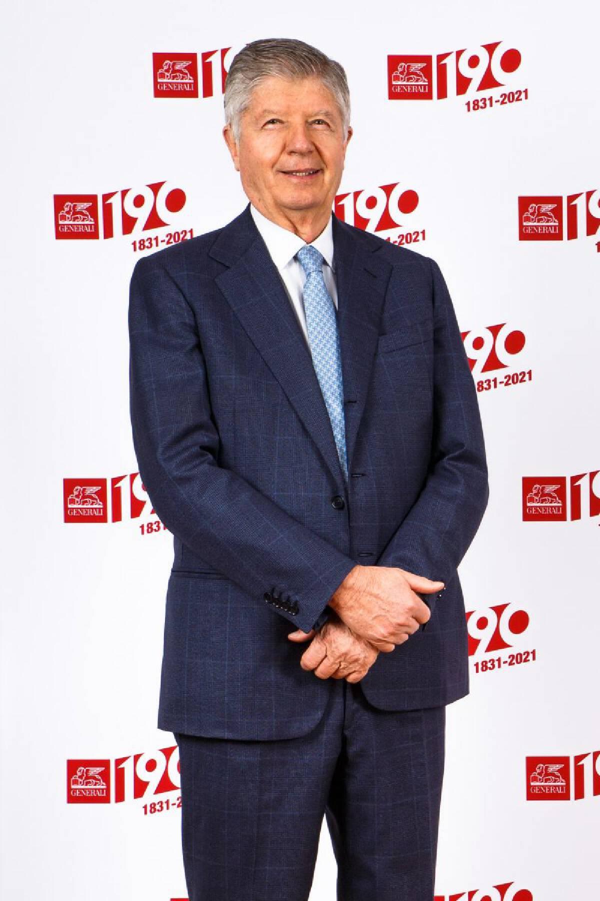 นายกาเบรียล กาลาเตรี ดิ เจโนลา (Gabriele Galateri di Genola) ประธานของกลุ่มบริษัท Assicurazioni Generali