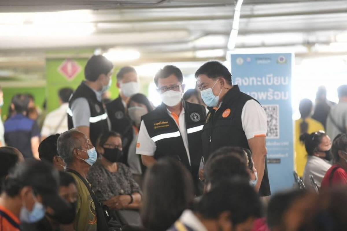 ฉีดวัคซีนโควิด กทม. เป้าหมายต่อไป  ครู รัฐ - เอกชน  170,000 คน