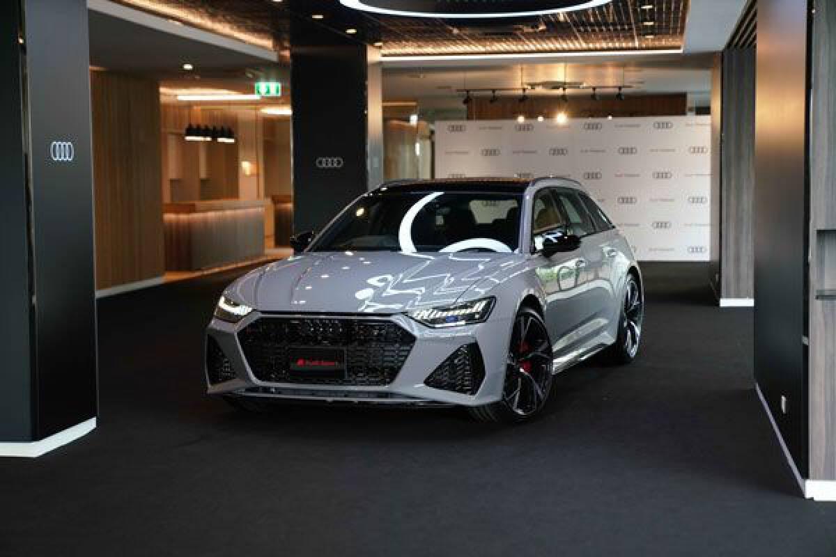 Audi RS 6 Avant ราคา 9.89 ล้านบาท