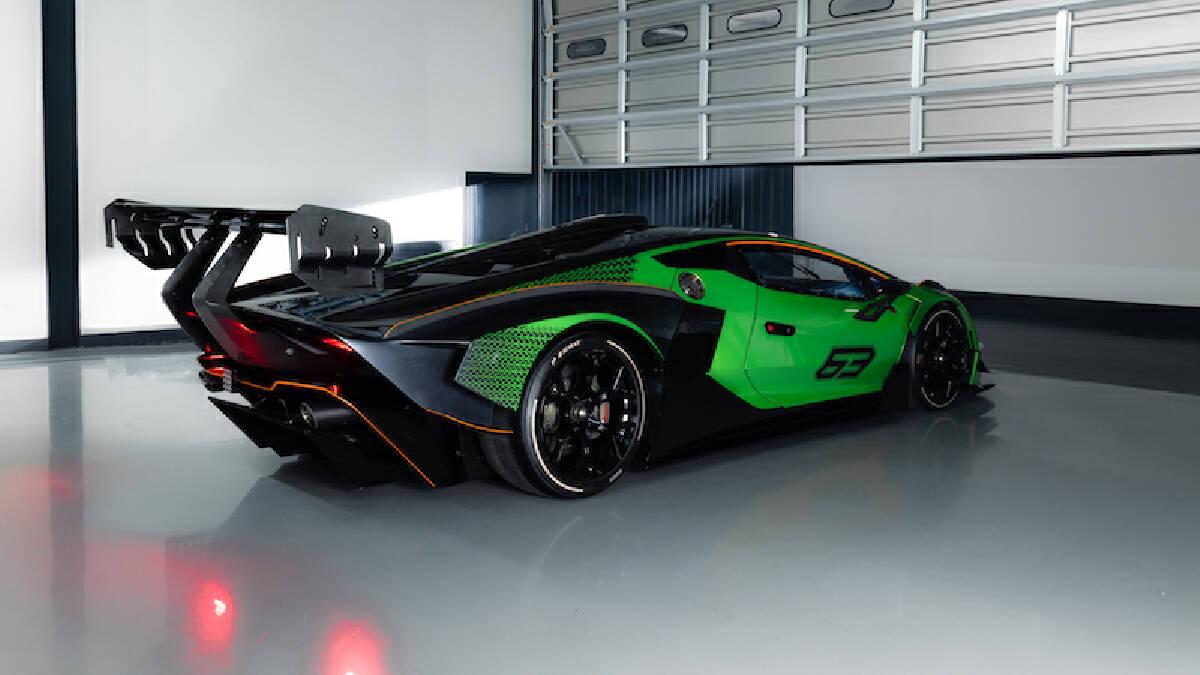 Lamborghini Essenza SCV12 ราคา 85 ล้านบาท