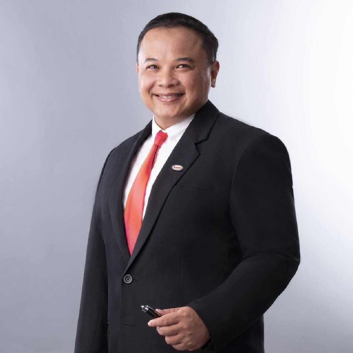 ดร. ทวีศักดิ์ บรรลือสินธุ์ กรรมการ บริษัท เอสโซ่ (ประเทศไทย) จำกัด (มหาชน) และ ผู้จัดการฝ่ายกิจกรรมองค์กรและรัฐกิจสัมพันธ์ บริษัท เอ็กซอนโมบิล จำกัด