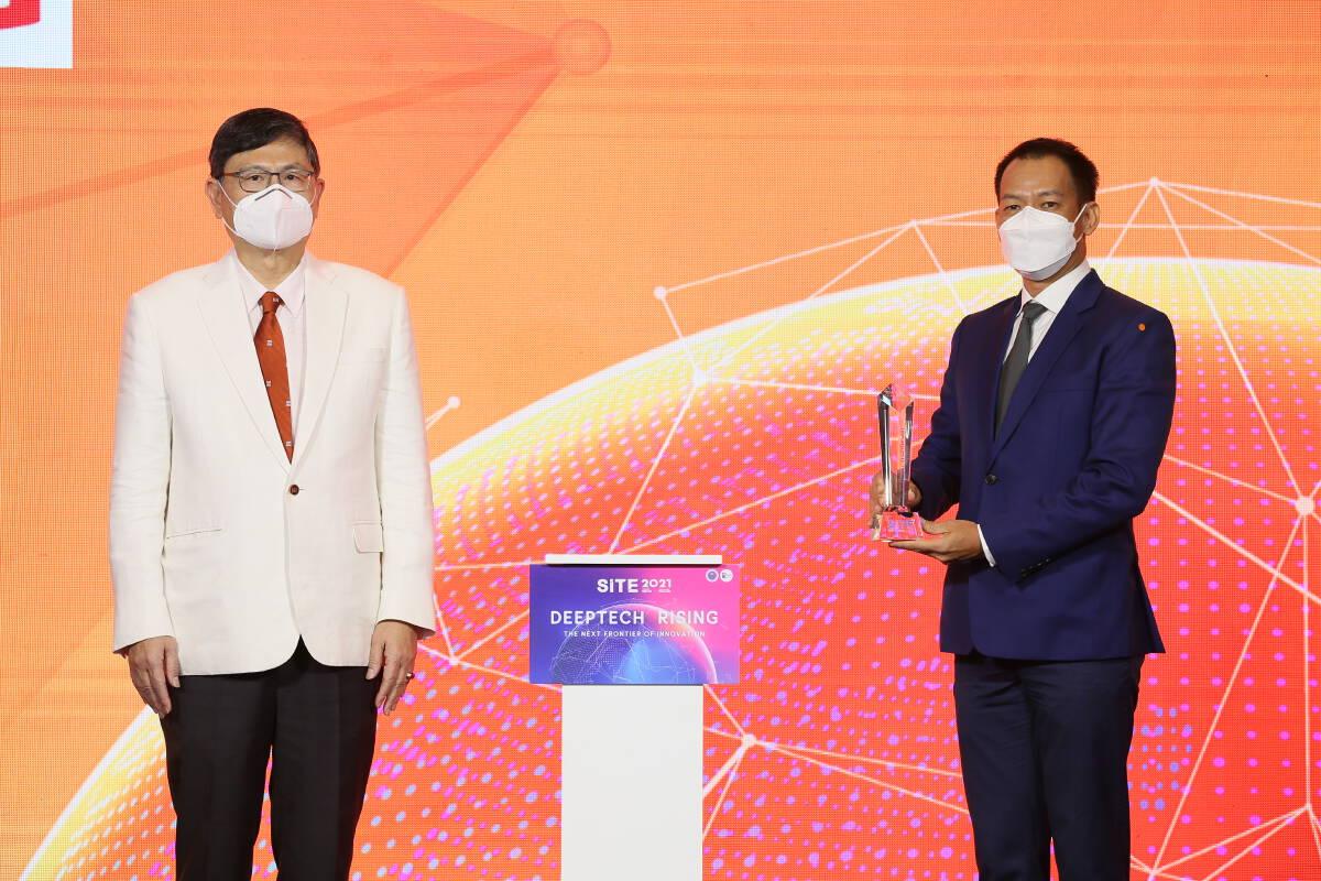 รพ.จุฬาภรณ์ - หมอยง คว้ารางวัล Prime Minister Award